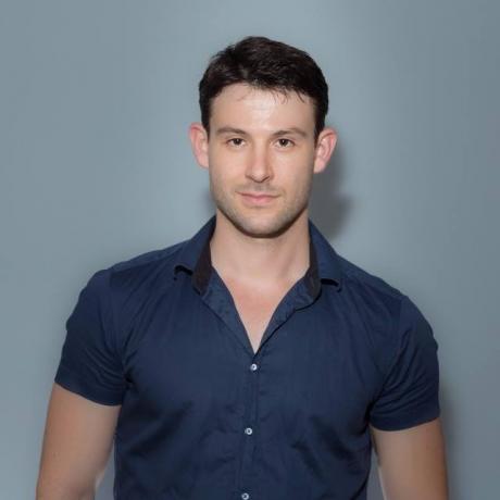 אלכס רבוצ'ניך, CEO